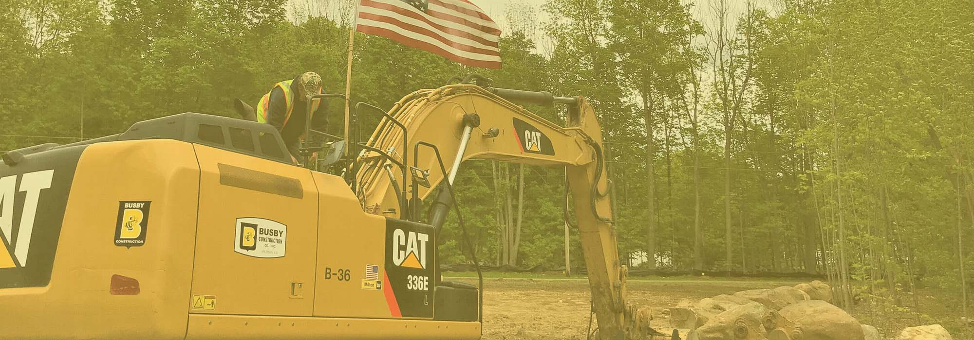 CAT Bucket Equipment With Flag